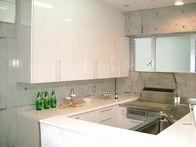 CASAの施工実績「収納充実のU型キッチン。」