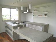 CASAの施工実績「コンクリート+キッチン」